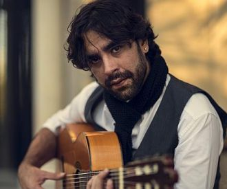 Daniel Casares
